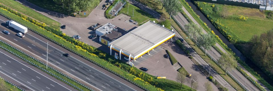 Auction of tenancy rights to petrol stations